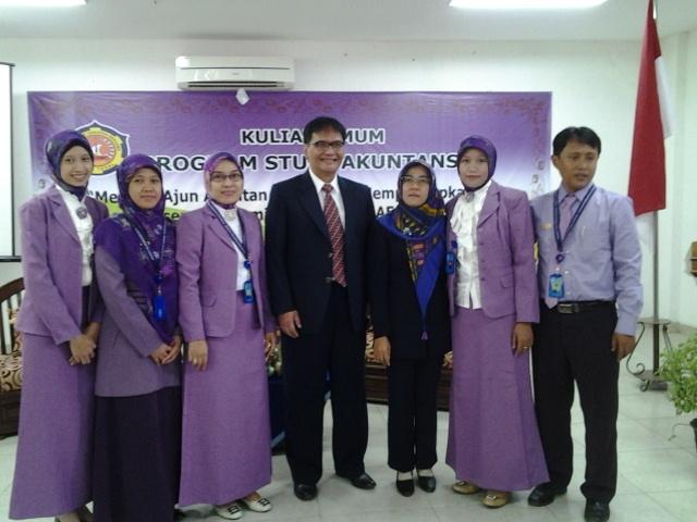 Siap Menghadapi Masyarakat Ekonomi ASEAN, Prodi Akuntansi Adakan Kuliah Umum