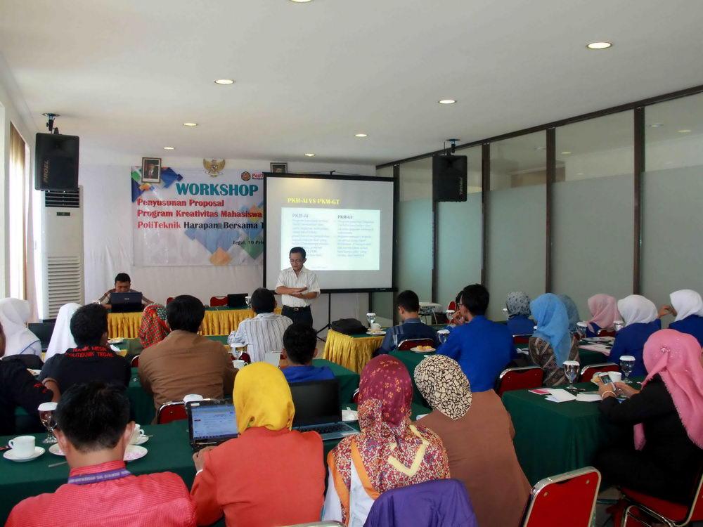 Politeknik Harapan Bersama Tegal Mengadakan Workshop Program Kreatifitas Mahasiswa (PKM)