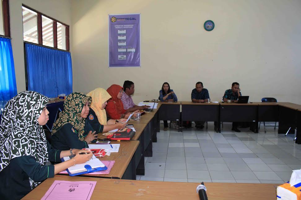 Rapat Penyusunan Soal Ukom APDFI (Asosiasi Pendidikan D3 Farmasi Indonesia) Jawa Tengah Korwil Barat