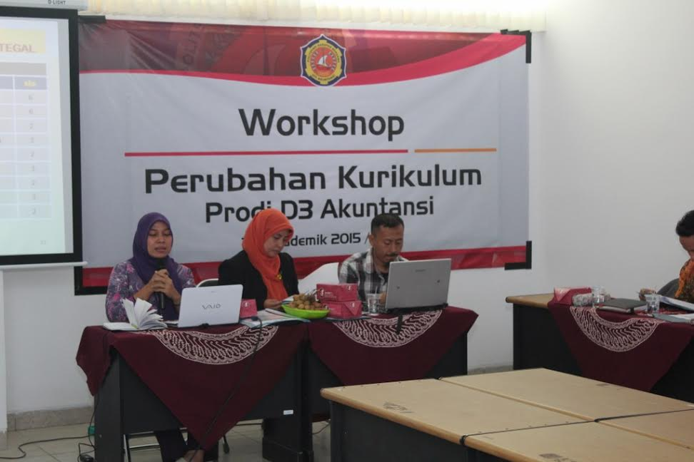 Workshop Peninjauan Kurikulum Pendidikan Tinggi Vokasi Akuntansi Berbasis KKNI dan SN DIKTI
