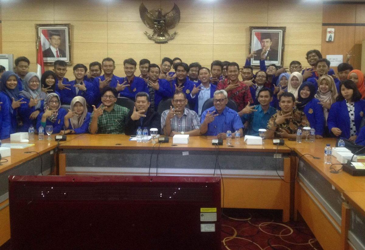 Mahasiswa Teknik Informatika Ikuti Kuliah di Kantor Oracle, DetikCom, KEMENKOMINFO dan Bursa Efek Indonesia