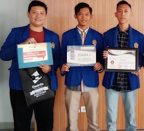 Mahasiswa Teknik Informatika Raih Juara 1 di Event IT Holic 2018