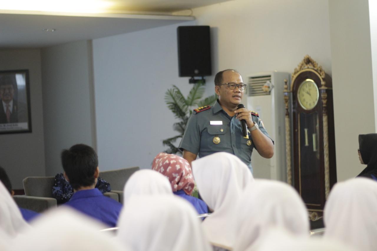 Menyambut Hari Armada RI, Lanal Tegal Ajak Mahasiswa Mencintai NKRI