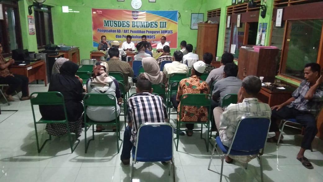 Prodi Akuntansi Sektor Publik PHB Dampingi Pembentukan BUMDes