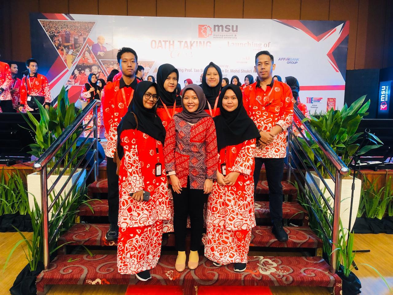 Mahasiswa Kelas Internasional PHB Lakukan Program Orientasi ke Malaysia