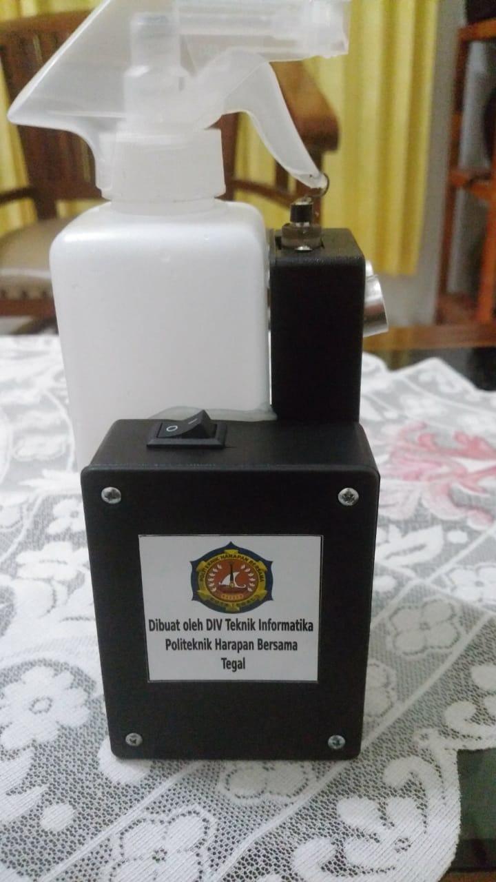 Prodi Teknik Informatika PHB Kembangkan Hand Sanitizer Otomatis