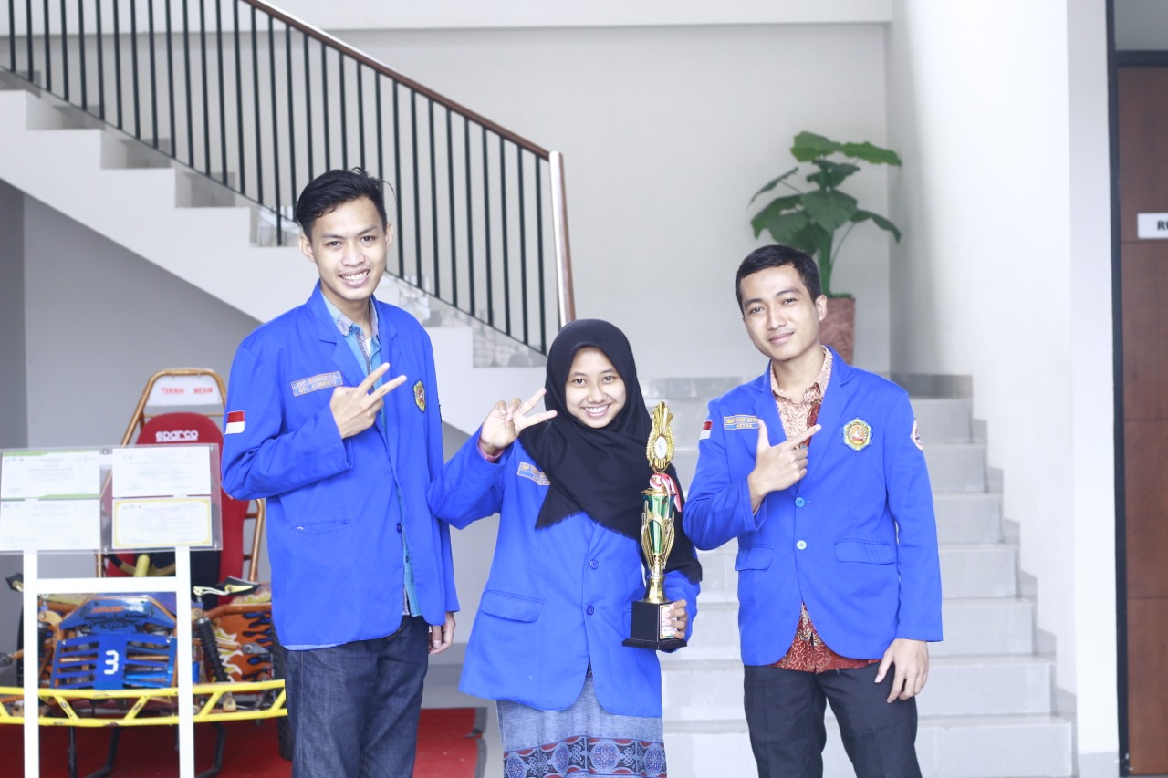 Mahasiswa Tegal Juara National IT Competition
