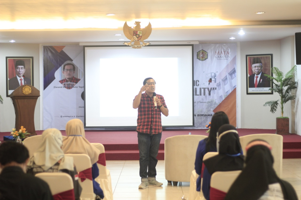 Mata Kampus PHB Gelar Pelatihan Jurnalistik untuk Mahasiswa