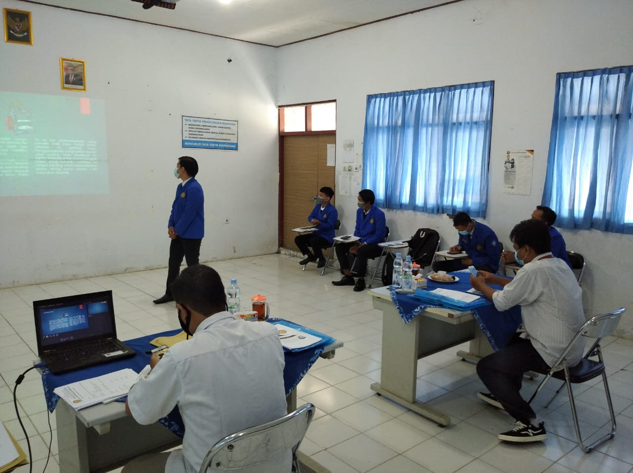 Prodi DIII Teknik Mesin Laksanakan Seminar Proposal Tugas Akhir